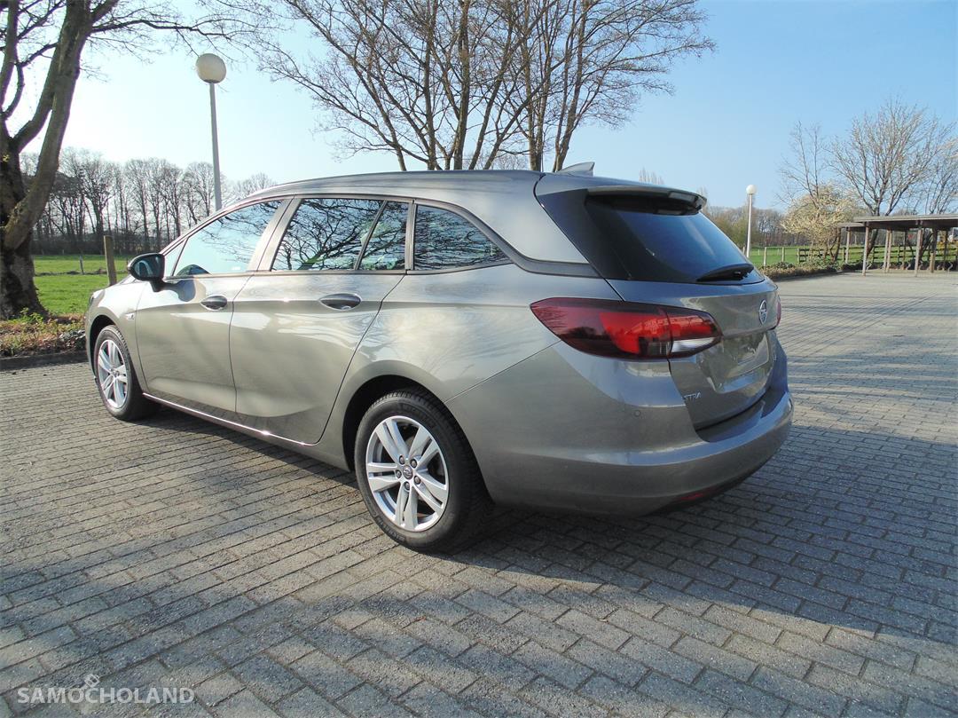 Opel Astra K (2015-) Opel Astra 1.6 CDTI Edition 22