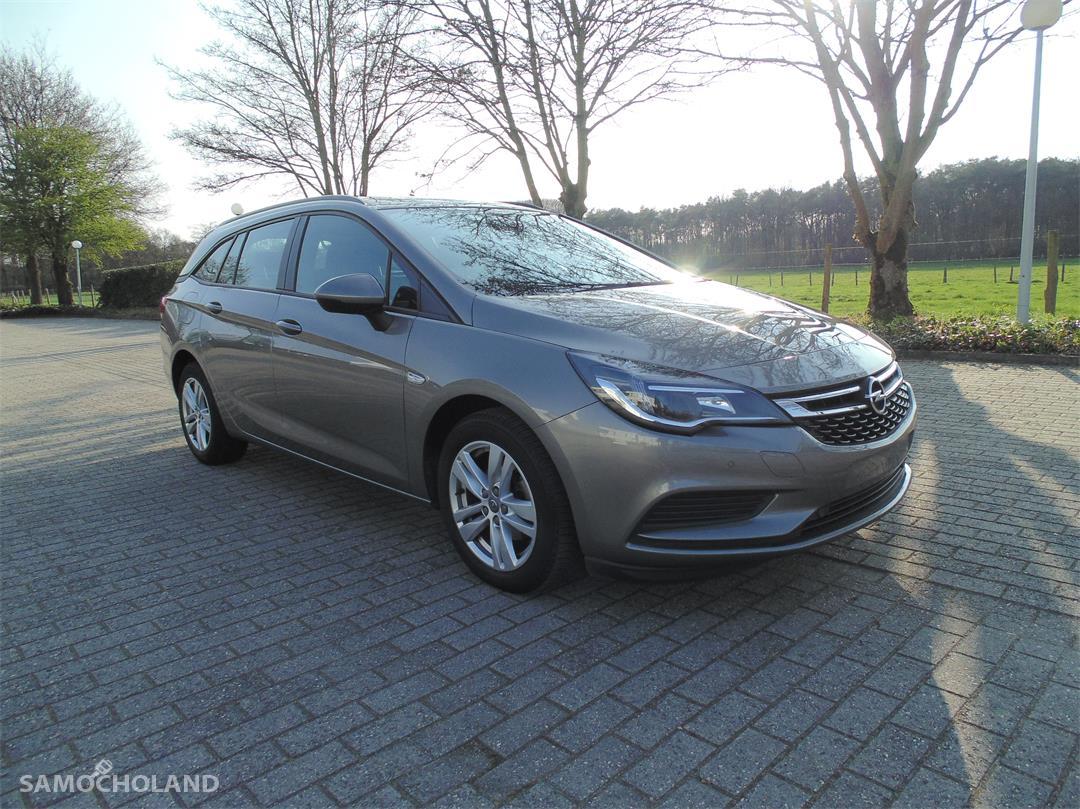 Opel Astra K (2015-) Opel Astra 1.6 CDTI Edition 7