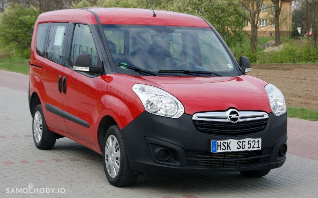 Opel Combo D (2011-) ekonomiczny , zadbany , komplet dokumentów 1
