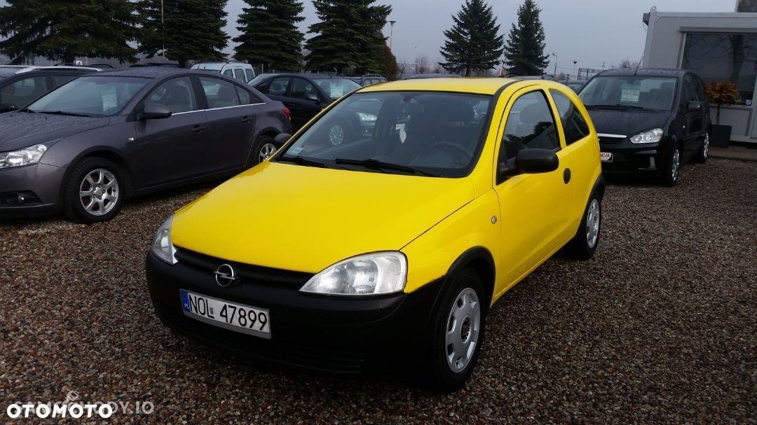 Opel Corsa C (2000-2006) Diesel 1.7 75KM 2001r. 1