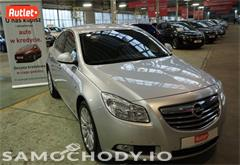 opel insignia z województwa mazowieckie Opel Insignia xenony , alufelgi , czujniki parkowania