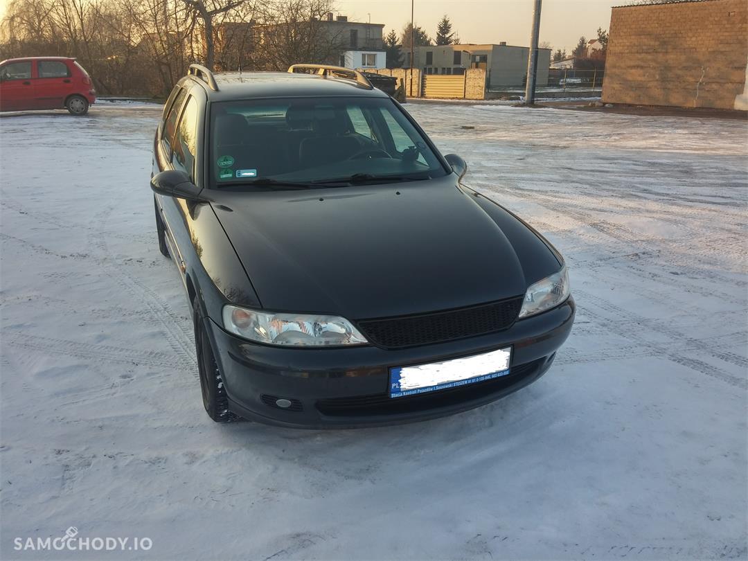 Opel Vectra B (1995-2002) LIFT 1.8 125KM w najpraktyczniejszym nadwoziu KOMBI  1