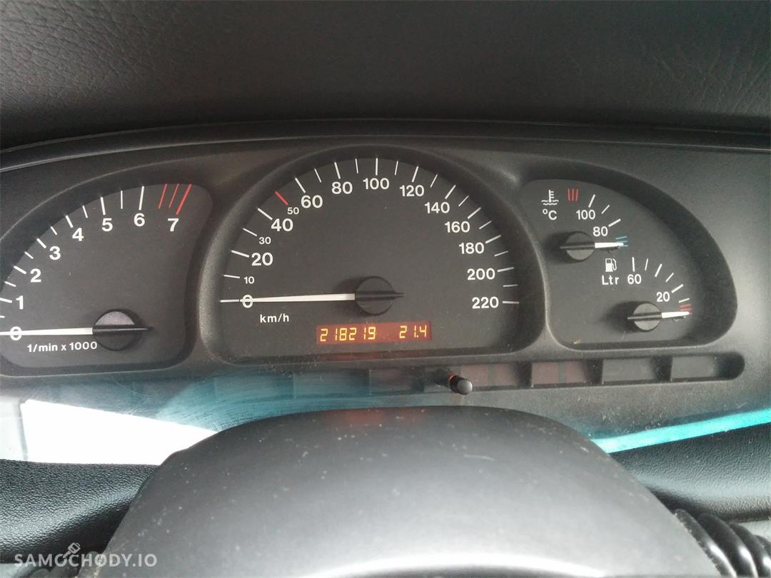 Opel Vectra B (1995-2002) LIFT 1.8 125KM w najpraktyczniejszym nadwoziu KOMBI  16