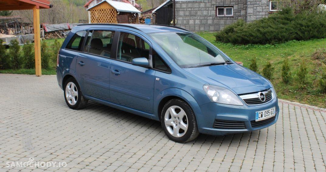 Opel Zafira B (2005-2011) KOMBI , CZUJNIKI PARKOWANIA , 7 OSOBOWY  1