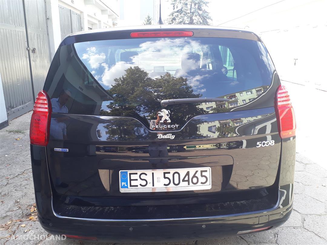 Peugeot 5008 Zadbany Peugeot 5008 SUV  16