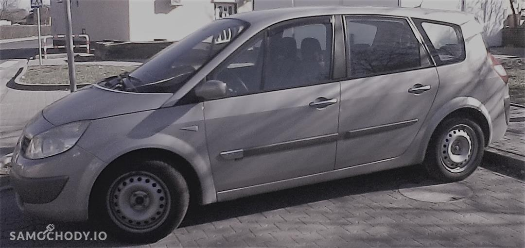 Renault Grand Scenic II (2003-2009)    2,0 benzyna + gaz 2004 r bezwypadkowy 7- osobowy 1