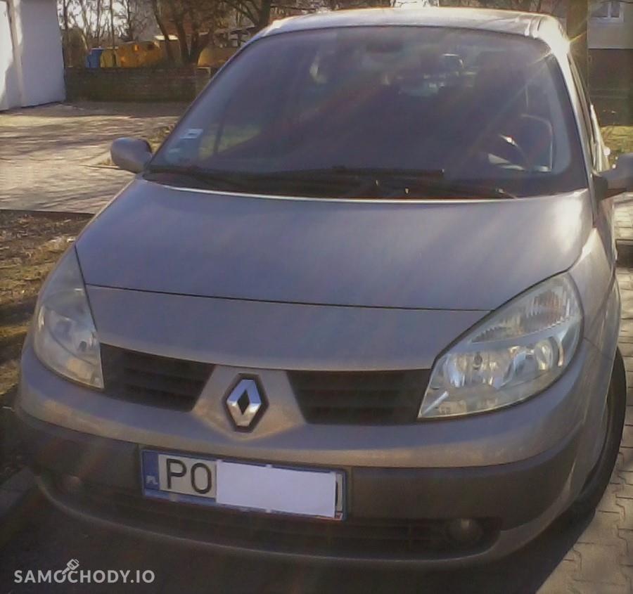 Renault Grand Scenic II (2003-2009)    2,0 benzyna + gaz 2004 r bezwypadkowy 7- osobowy 4