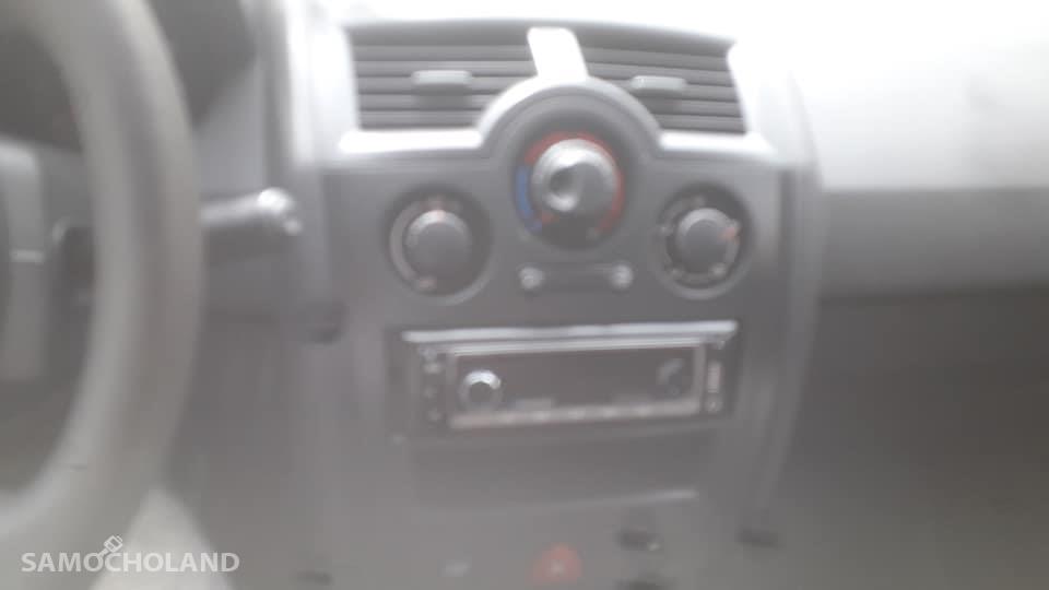 Renault Megane II (2002-2008)  4