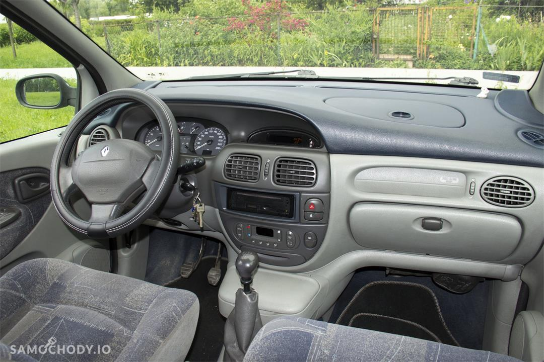 Renault Scenic I (1997-2003) Renault Scenic 1,8 120KM, klimatronic z 2000 roku 37
