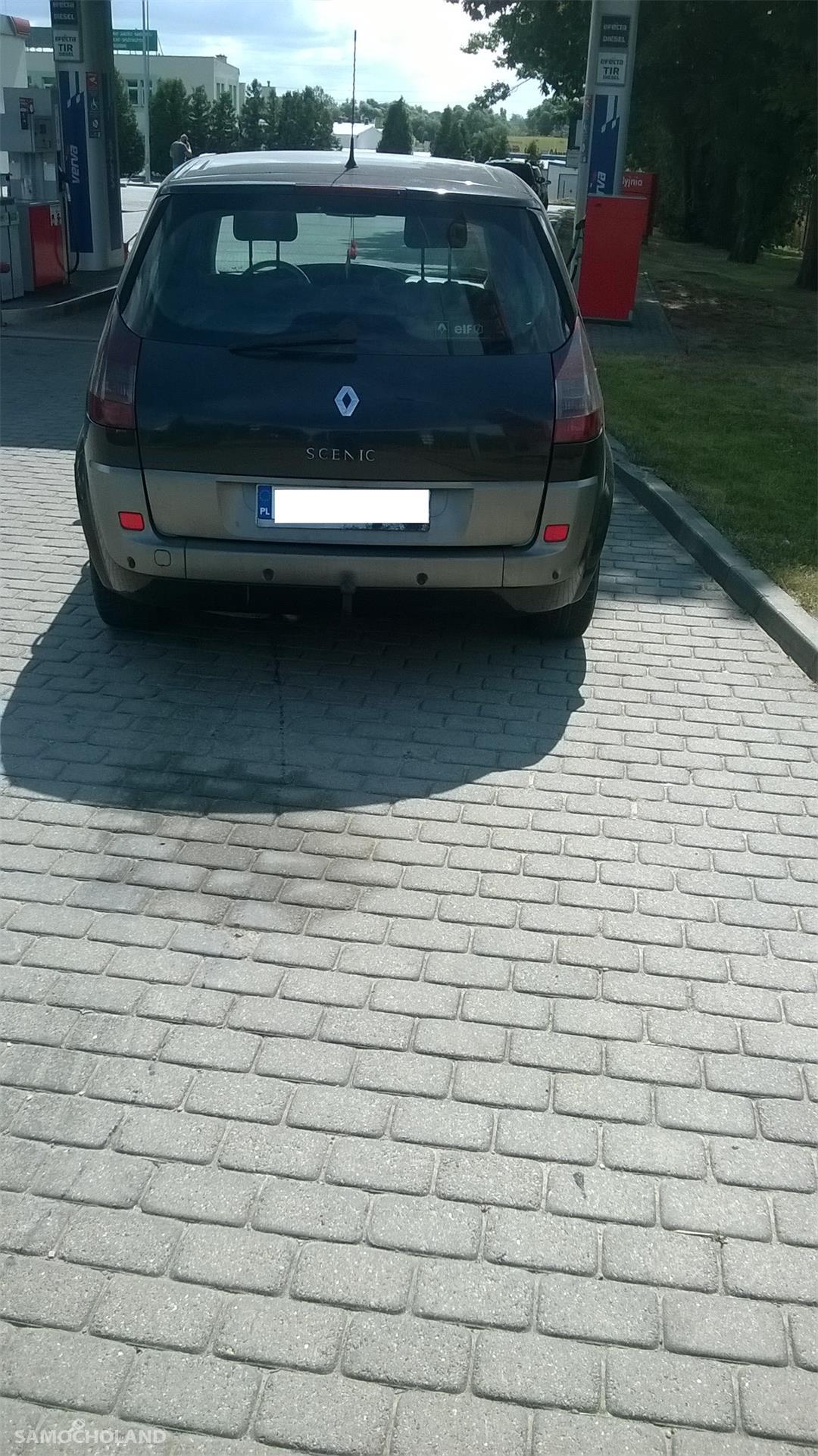 Renault Scenic II (2003-2009)  7