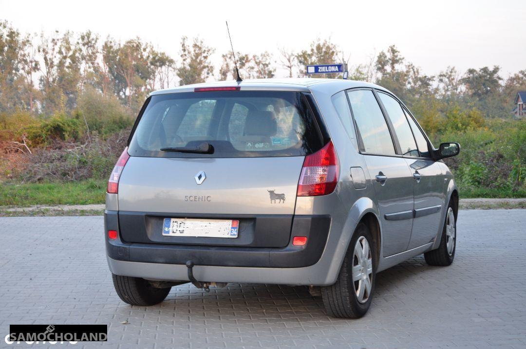 Renault Scenic II (2003-2009)  4