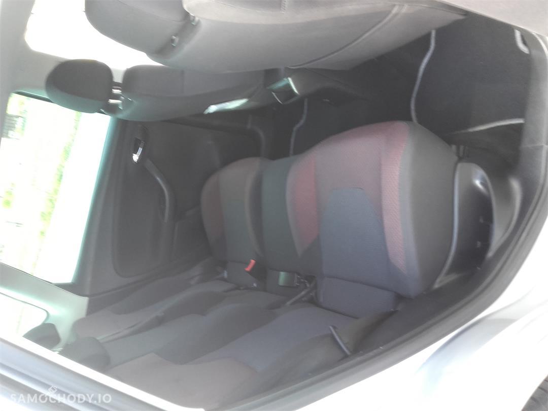 Seat Altea 2.0TDi  z 6-cio stopniową skrzynią biegów, w super stanie technicznym 29