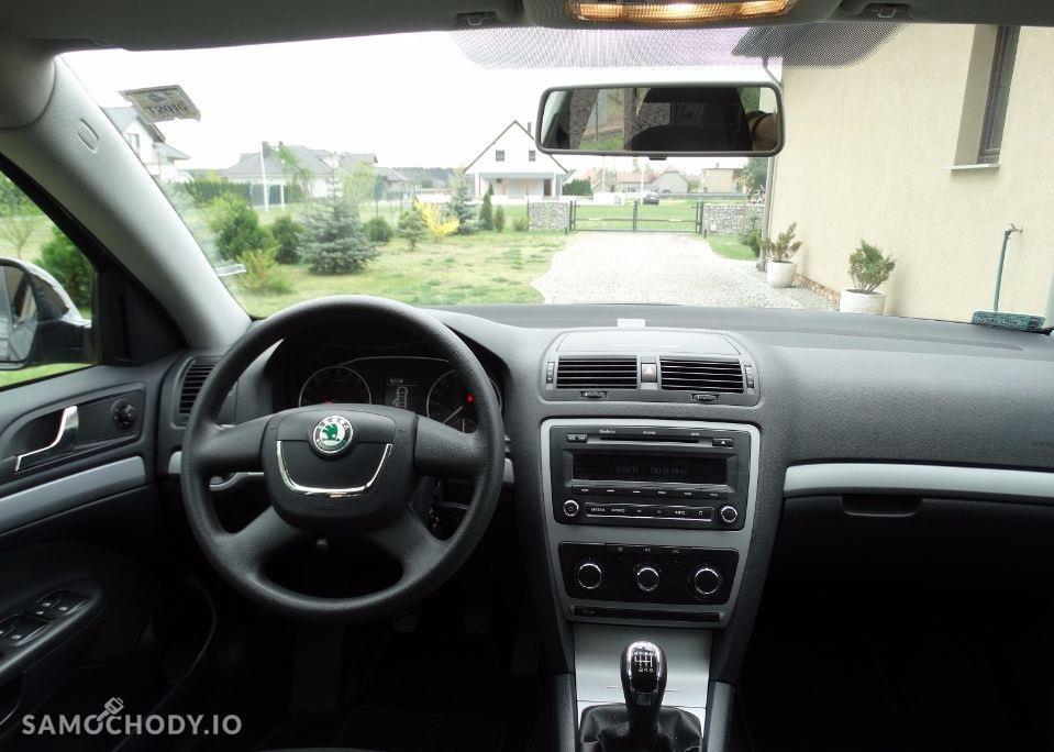 Skoda Octavia II (2004-2013) klima , stan bardzo dobry , czujniki parkowania  4