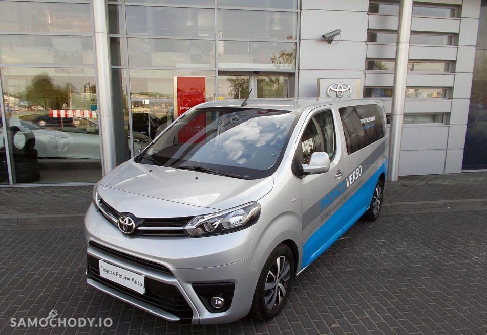 Toyota Inny NISKI PRZEBIEG , 8 OSOBOWY , 150 KM 1