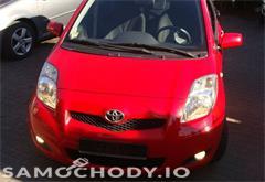 toyota yaris Toyota Yaris II (2005-2011) benzyna , porysowany zderzak , sprawne