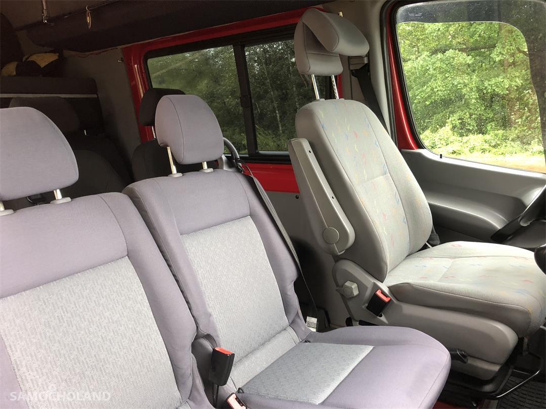 Volkswagen Crafter 9 osób, FULL OPCJA, górna klima, łóżko, DVD 22