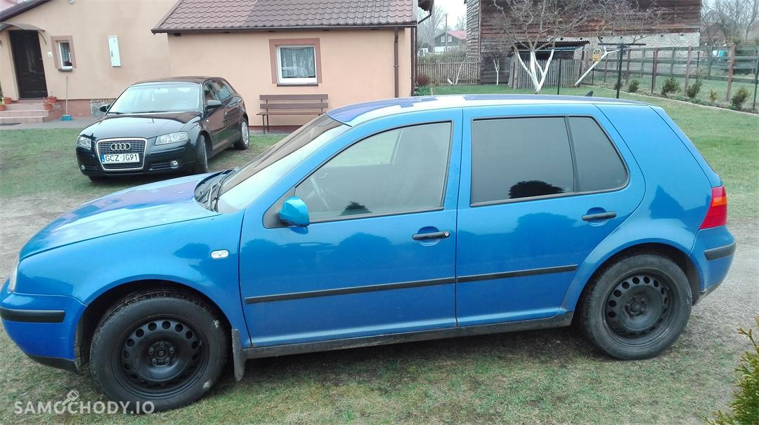 Volkswagen Golf IV (1997-2006)  4