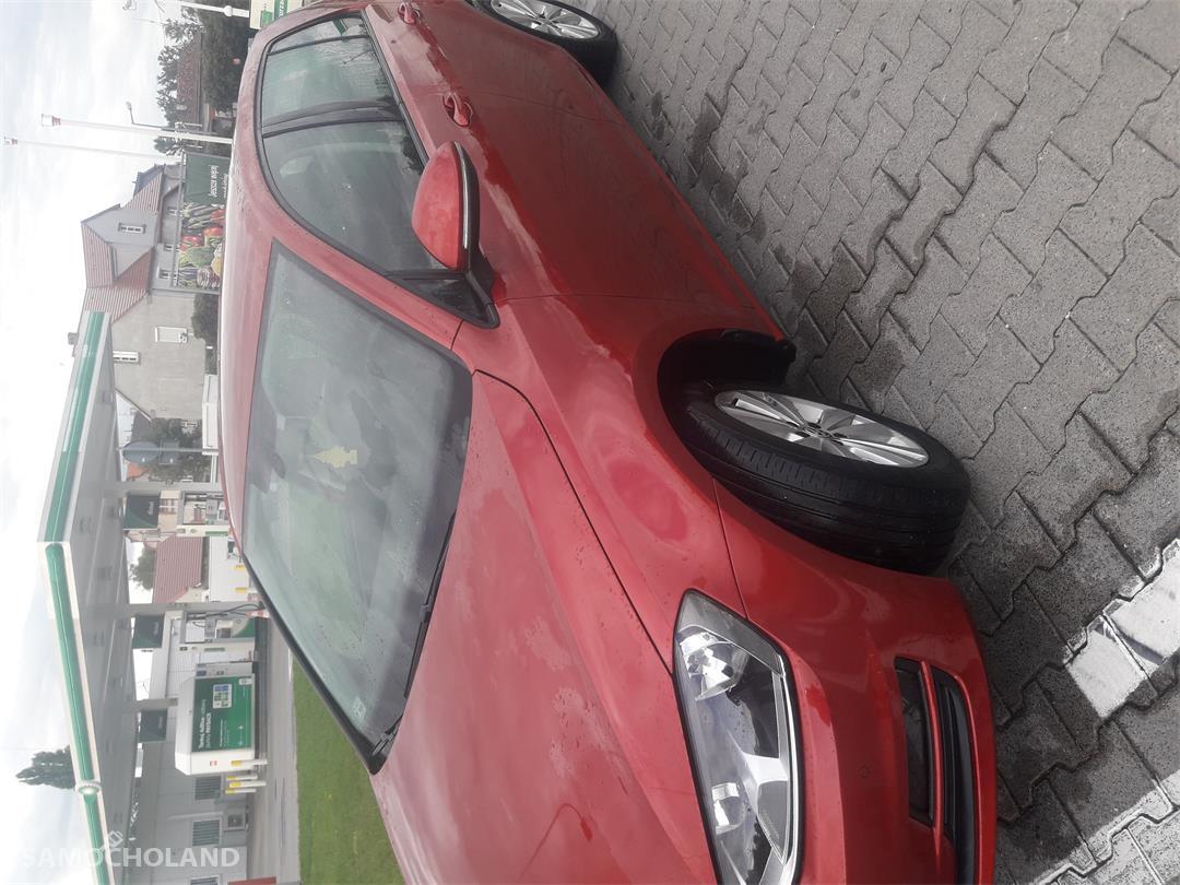 Volkswagen Golf VII (2012-)  2