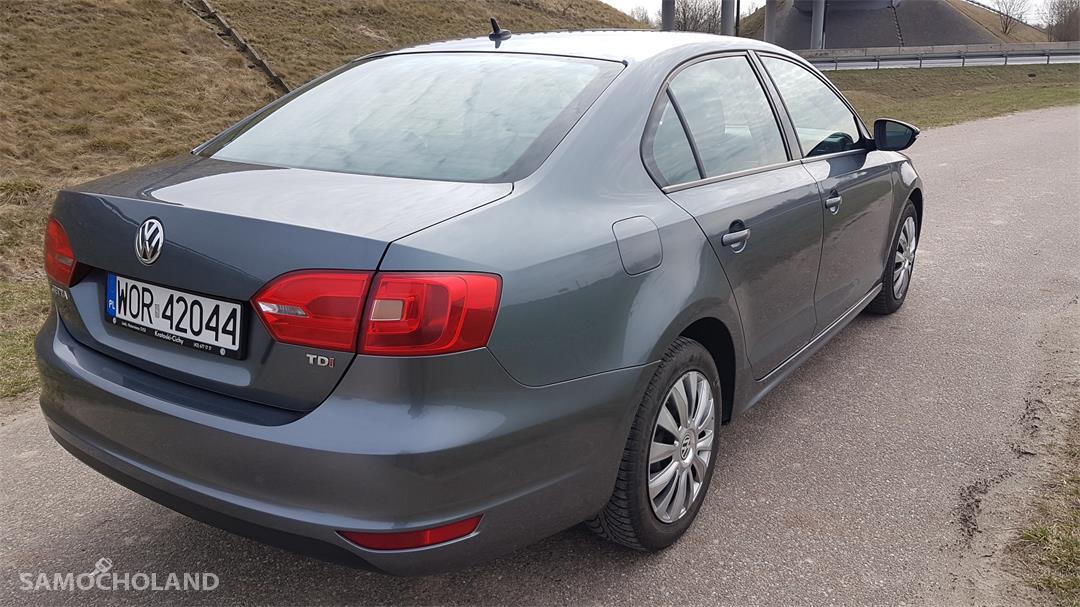 Volkswagen Jetta A6 (2010-) sprzedam vw jetta 1.6 tdi 2012 prywatnie ! 4