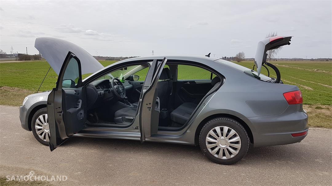 Volkswagen Jetta A6 (2010-) sprzedam vw jetta 1.6 tdi 2012 prywatnie ! 22