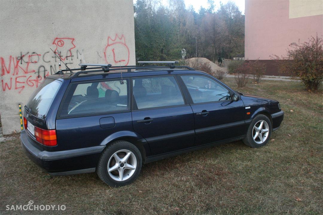 Volkswagen Passat B4 (1993-1997)  7