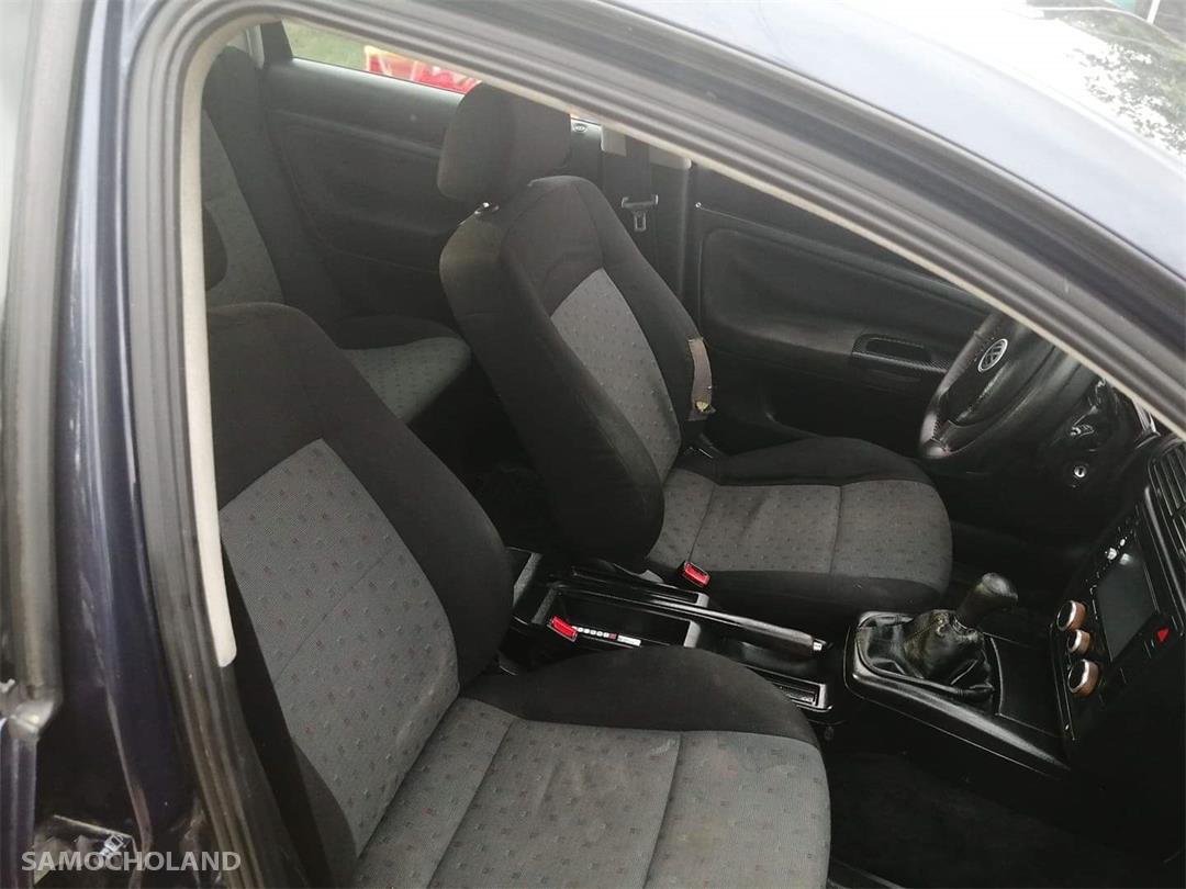 Volkswagen Passat B4 (1993-1997) Sprzedam samochód w dobrym stanie  4
