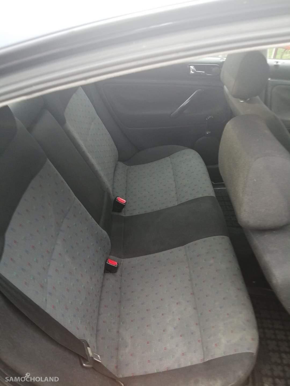 Volkswagen Passat B4 (1993-1997) Sprzedam samochód w dobrym stanie  7