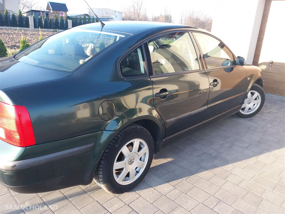 Volkswagen Passat B5 (1996-2000)  1