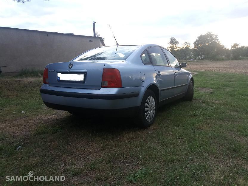 Volkswagen Passat B5 (1996-2000) Volkswagen Passat 1.6 benzyna klima,szyberdach 2