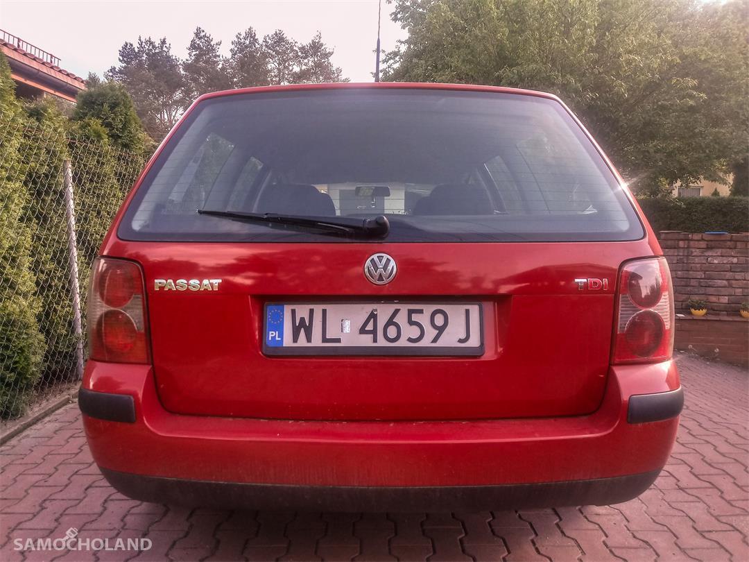 Volkswagen Passat B5 FL (2000-2005) Passat bezwypadkowy, nie miał napraw blacharskich 2