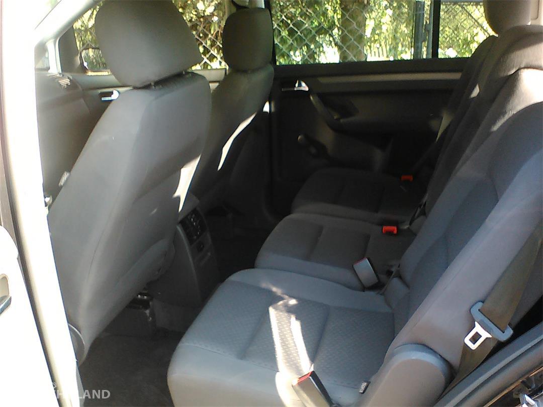 Volkswagen Touran I (2003-2010)  11