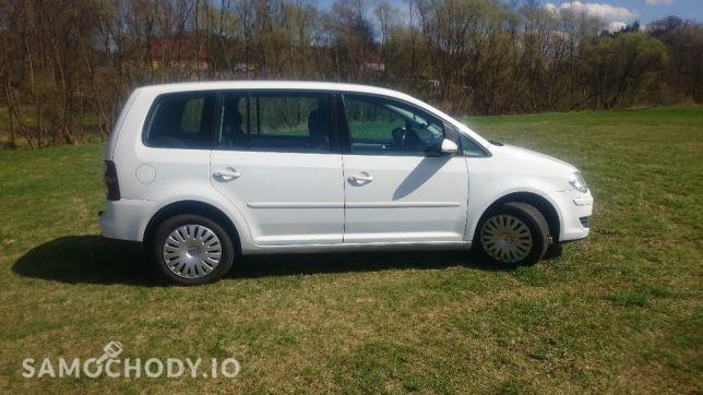 Volkswagen Touran I (2003-2010) Samochód naprawdę godny polecenia. Od zakupu sprawuje się bez zarzutu. 2