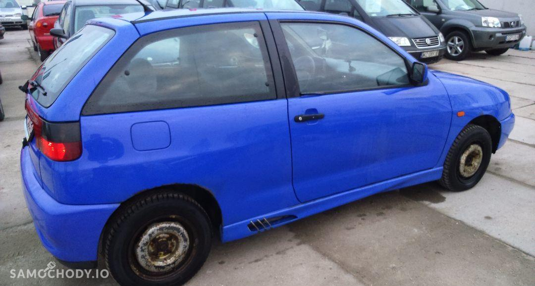 Seat Ibiza 1.6, 1 właściciel, stan dobry, opłaty, WWA! 4