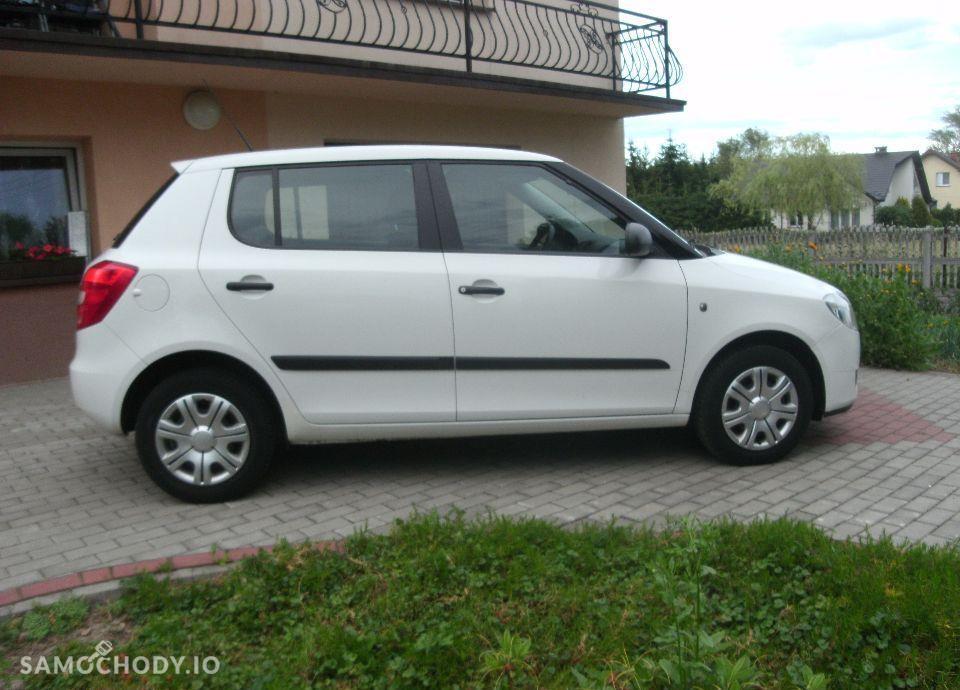Škoda Fabia 1,2benzyna Orginalny lakier bezwypadkowa idealny stan z Niemiec 16