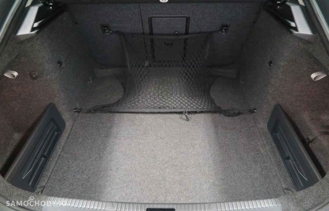 Škoda Octavia 1.8 TSI 180 KM DSG Elegance Navi. 46