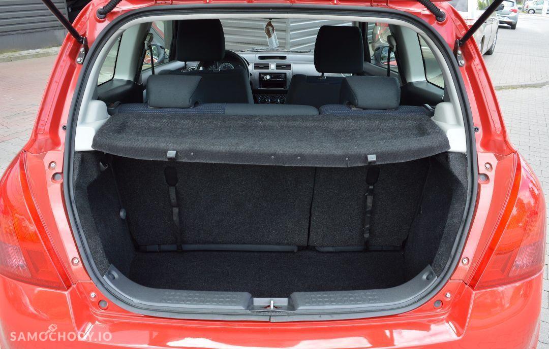 Suzuki Swift 1.3 Benzyna,bardzo ładny,klimatyzacja po serwisie 22