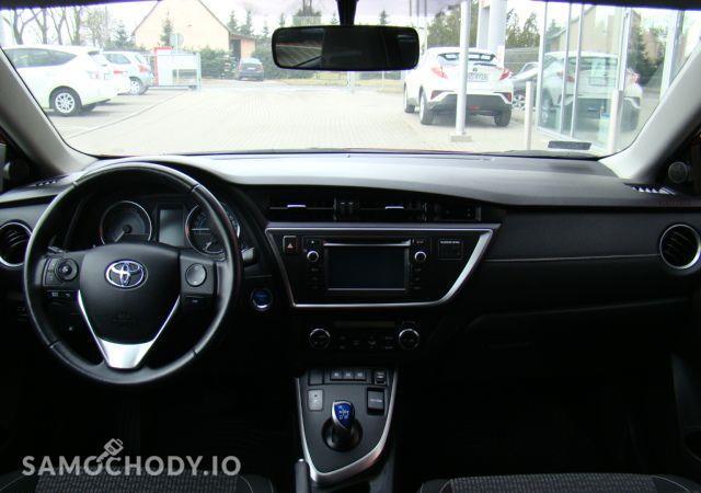 Toyota Auris 1.8HSD Kamera Gwarancja / Salon Toyota Elbląg 29
