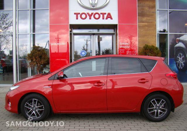Toyota Auris 1.8HSD Kamera Gwarancja / Salon Toyota Elbląg 2