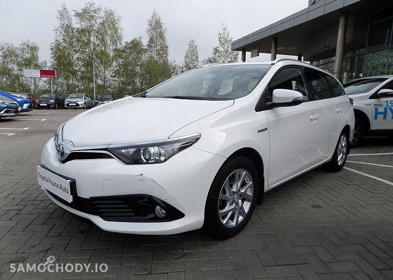 Toyota Auris Hybrid 135 Premium 22