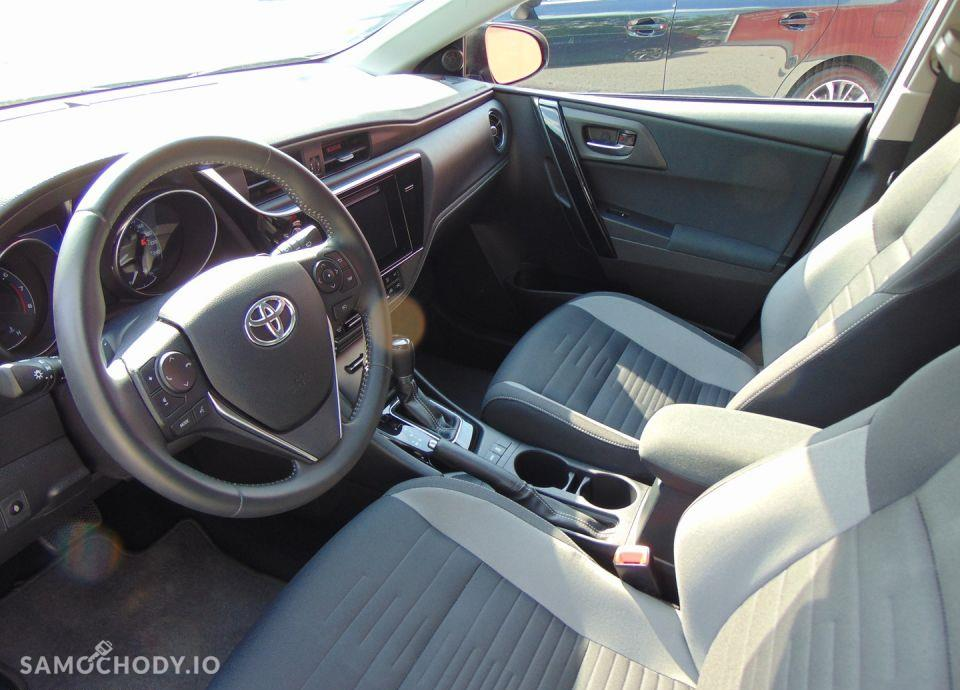 Toyota Auris 1.6 Comfort MS + Style 11