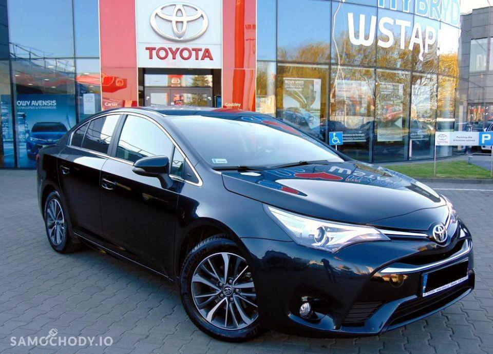 Toyota Avensis 1.8 Premium MS + Style Salon Toyota Carter 4