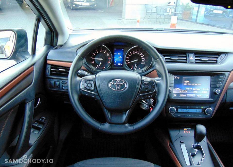 Toyota Avensis 1.8 Premium MS + Style Salon Toyota Carter 29