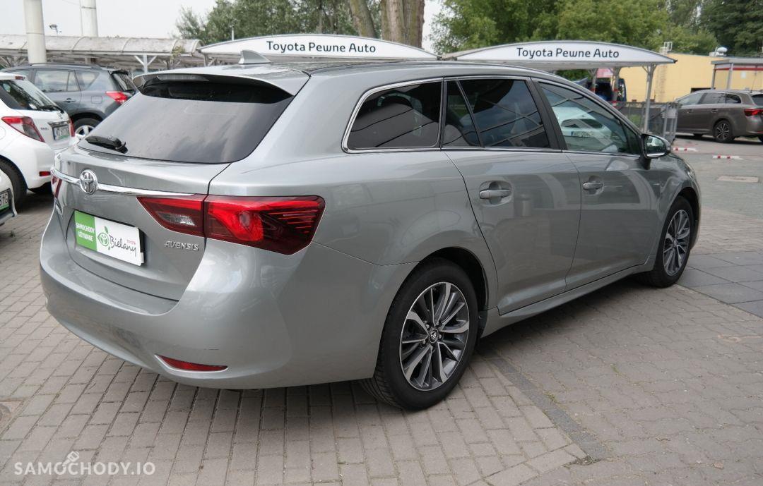 Toyota Avensis 1.8 Premium MS 7