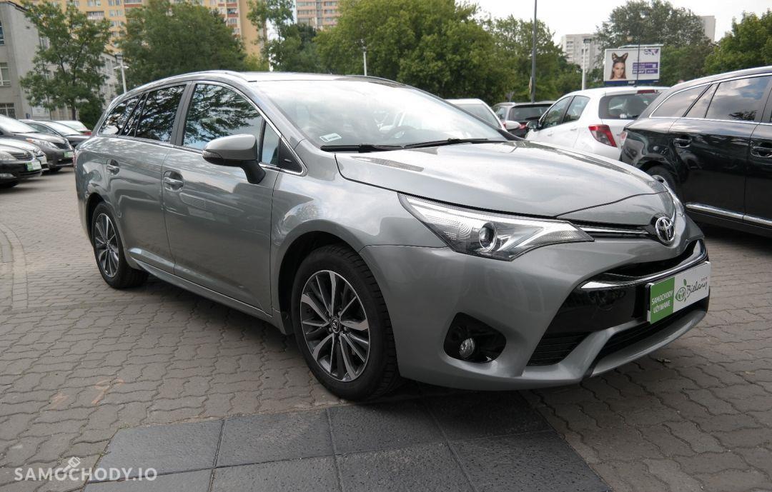 Toyota Avensis 1.8 Premium MS 1