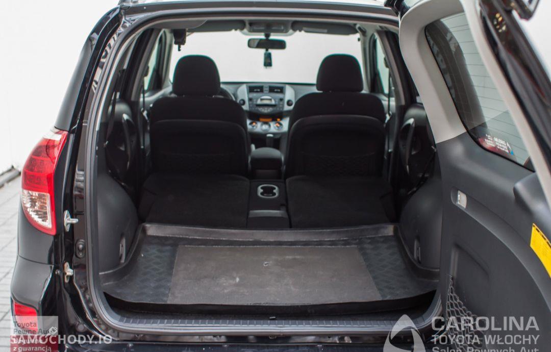 Toyota RAV4 2.0 VVT-i Premium 16