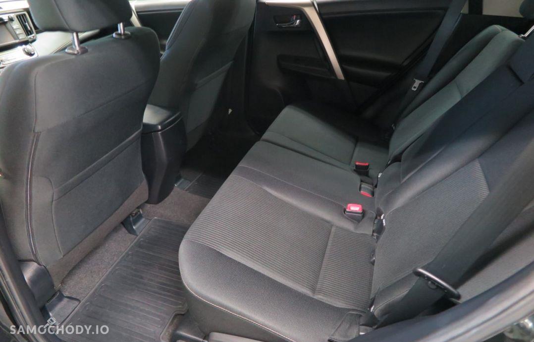 Toyota RAV4 2.0i Valvematic 150 KM 4x4 Premium Navi. 37