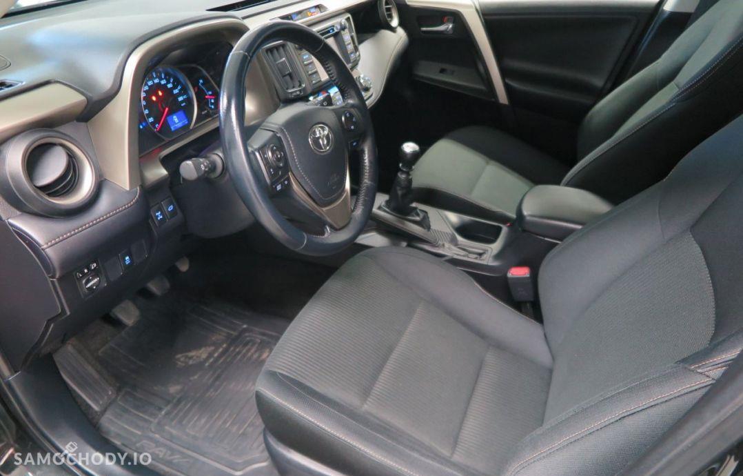 Toyota RAV4 2.0i Valvematic 150 KM 4x4 Premium Navi. 29