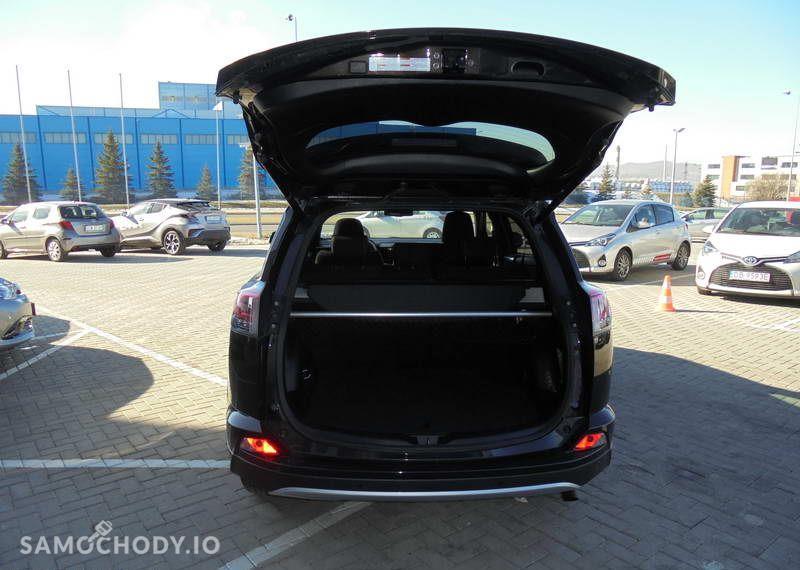 Toyota RAV4 2.0 D 4D 143KM Style + Smart + Safety 67
