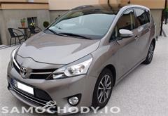 z miasta leszno Toyota Verso 1.6 D 4D Nawigacja Kamera Szklany dach Mały przebieg