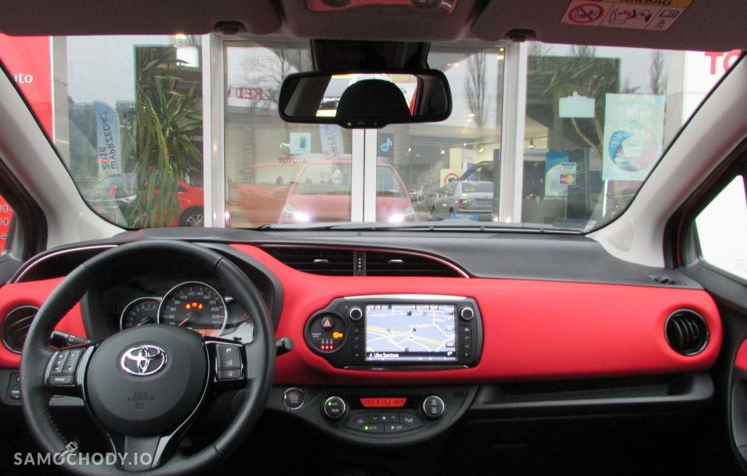 Toyota Yaris 1.33 99KM Dynamic Safety Navi 22